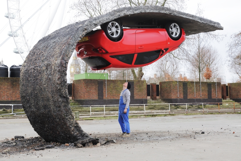 5. Alex Chinneck for Vauxhall Motors. Pick yourself up and pull yourself together. Image by Chris Tubbs